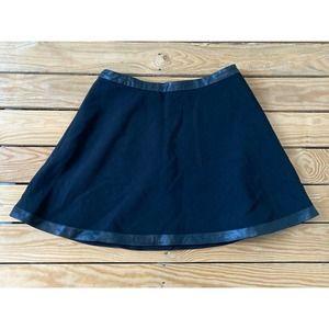 BANANA REPUBLIC Faux Leather Trim Mini Skirt Sze 8